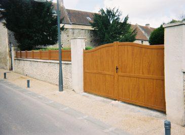 portail-bois-pvc